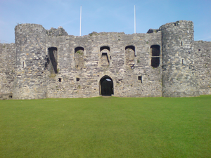 Beaumaris Castle 03 977.PNG