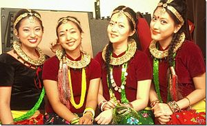 Gurung people - Gurung (Tamu) girls in traditional attire
