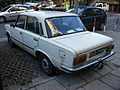 Beige FSO 125p 1.5 ME on a parking lot in Kraków (2).jpg