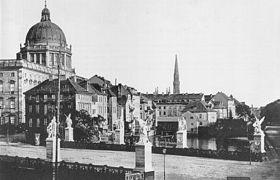 Berlin, Schloss, Schlossfreiheit und Schlossbruecke, Foto von Albert Schwartz, 1860.jpg