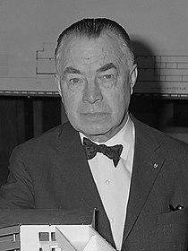 Bernard Bijvoet (1963).jpg