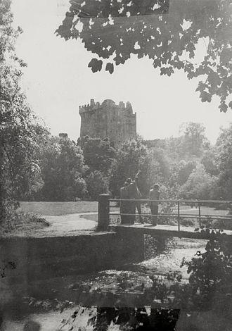 Blarney Castle - Image: Blarney Castle 1954