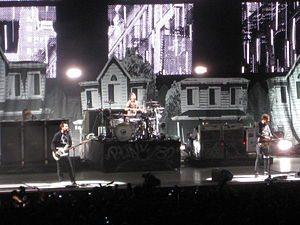 Neighborhoods (Blink-182 album) - Blink-182 performing on the 2011 Honda Civic Tour in support of Neighborhoods