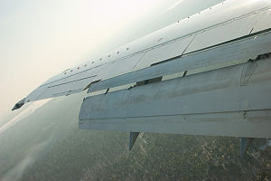 Mandala Airlines Flight 91 - Fully extended flaps of a Boeing 737
