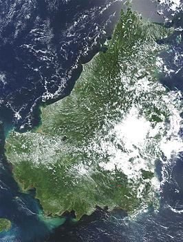 Satellietfoto van Borneo op 17 mei 2002