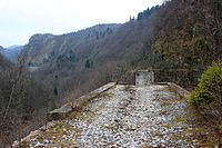 Bosnian Eastern railway Dobrik viaduct 1.jpg