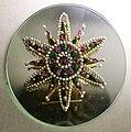 Bottega veneziana, fibbia a stella, 1325-50 ca, da via trezza a vr.jpg