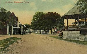 Kissimmee, Florida - Broadway Avenue in c. 1912