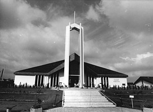 Freiberg Germany Temple - The temple at the time of its dedication in June 1985 (without the Moroni statue)