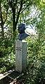 Bust van F.V. Valstar in Naaldwijk (1).jpg