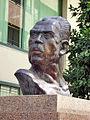Busto de Lázaro Cárdenas.jpg