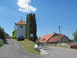 Bystřice pod Lopeníkem, zvonice.jpg