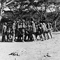 COLLECTIE TROPENMUSEUM Masai krijgers tijdens een dans TMnr 20014331.jpg