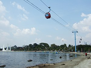 Cable car Danau Beach Ancol Jakarta Bay City.jpg
