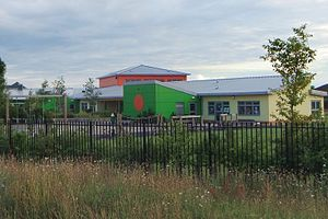 Orchard Park, Cambridgeshire - Image: Cambridge Orchard Park primary school