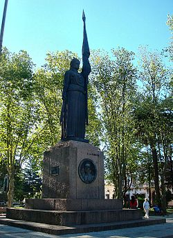 Canelones-Monument.jpg