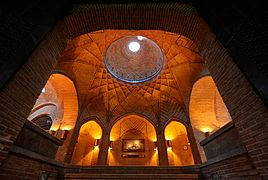 Caravanserai of Sa'd al-Saltaneh at night in Qazvin.jpg