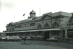 Cardiff Central railway station - Cardiff Central after cleaning in February 1975