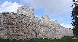 Castillo de burgos exteriores.jpg