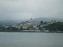 Castropol visto dende Ribadeo.jpg