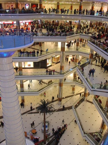 «·´¯`·»¦«World's 10 Largest Shopping Mall «·´¯`·»¦« 450px-Cevahir_Mall