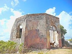 Chapelle de l'ancienne léproserie de La Désirade.jpg