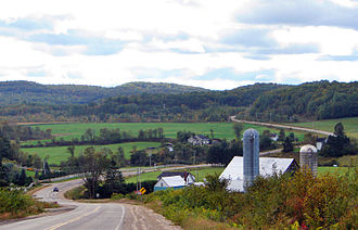Quebec Route 315 - Route 315 through Chénéville.