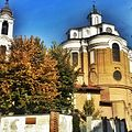 Chiesa di Santa Chiara e foliage.jpg