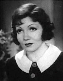 L'actriz estatounitense Claudette Colbert en a cinta I Cover the Waterfront (1933).