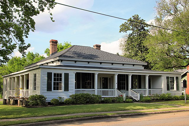 Cleveland (TX) United States  city photos : English: The Cleveland Partlow House in Liberty, Texas, United States ...