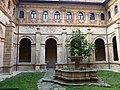 Cloister of San Vicente, Oviedo 08.JPG