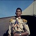 Collectie Nationaal Museum van Wereldculturen TM-20029998 Een jongen van de Rooms-katholieke padvinderij Curacao Boy Lawson (Fotograaf).jpg