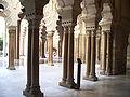 Columnatas de la Aljafería.jpg