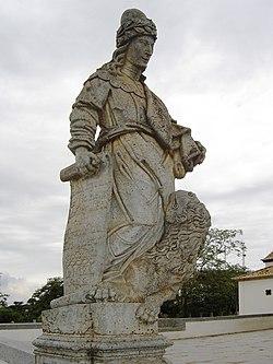 O profeta Daniel feito em pedra sabão por Aleijadinho no adro do Santuário do Bom Jesus de Matosinhos em Congonhas do Campo