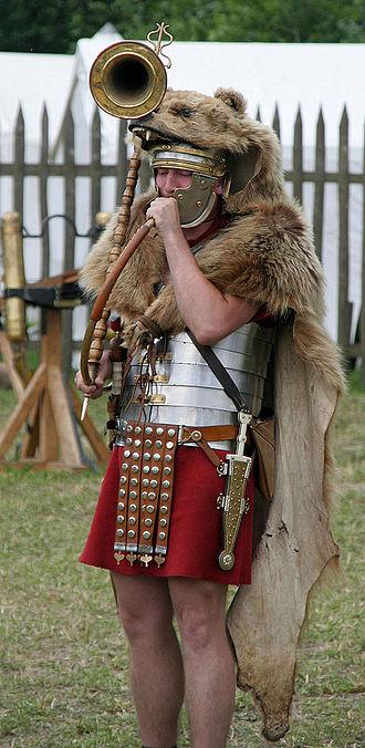 Cornu (horn) - Historical reenactor as a cornicen
