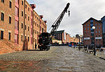 Crane by the North Warehouse, Gloucester Docks.jpg