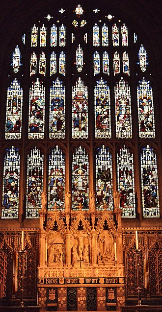Croydon Minster - Image: Croydon Minster, altar and East window