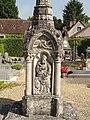 Détail du calvaire cimetière'Abbaye Saint-Jean-aux-Bois (60) 3.jpg