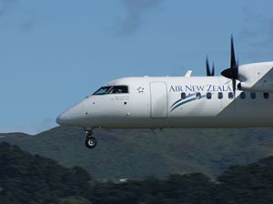 De Havilland Canada DHC-8 (Air New Zealand Link) Wellington Airport (34).jpg