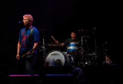 Dexter Holland e Atom Willard al Rock In Idro, Milano 2005