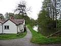 Dick's Lane lock house - geograph.org.uk - 155788.jpg