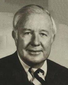 Dick Davis 1984.jpg