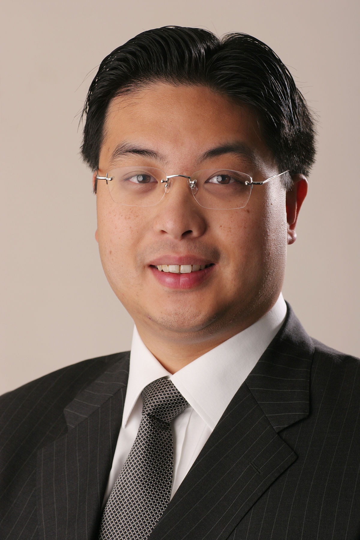 Johnny Hon - Wikipedia