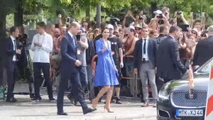 File:Duchess and Duke of Cambridge leaving the Holocaust Memorial.webm