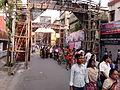 Durga Puja Spectators - Singhi Park - Kolkata 2011-10-03 00666.jpg