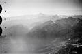 ETH-BIB-Mont Dauphin (Durancetal) mit Mt. Viso von W. aus 4400 m Höhe-Mittelmeerflug 1928-LBS MH02-05-0091.tif
