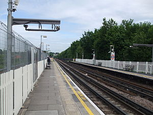 East Acton tube station - Image: East Acton stn westbound