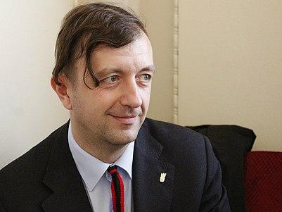https://upload.wikimedia.org/wikipedia/commons/thumb/2/2b/Eduard_Leonov2.jpg/401px-Eduard_Leonov2.jpg