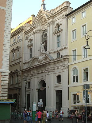 Santissime Stimmate di San Francesco - Façade on via dei Cestari, seen from Largo di Torre Argentina