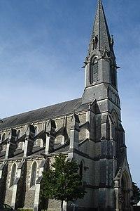 Eglise de Couffé (France).JPG